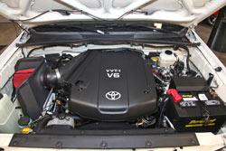 2007-2009 Toyota FJ Cruiser Cold Air Intake