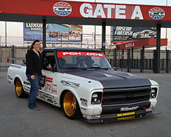 Las Vegas Motor Speedway opened its gates at 6:30 am Saturday November 7th, 2015 to OUSCI competitors and the PCH Rods crew was there with the 1972 Chevy C10 R