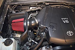 Toyota Tacoma Engine Bay with Spectre Air Intake