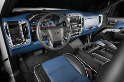 The secondary color of blue is particulary prominent in the interior of the 2015 Silverado